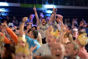 Auckland_Darts-Masters _fans